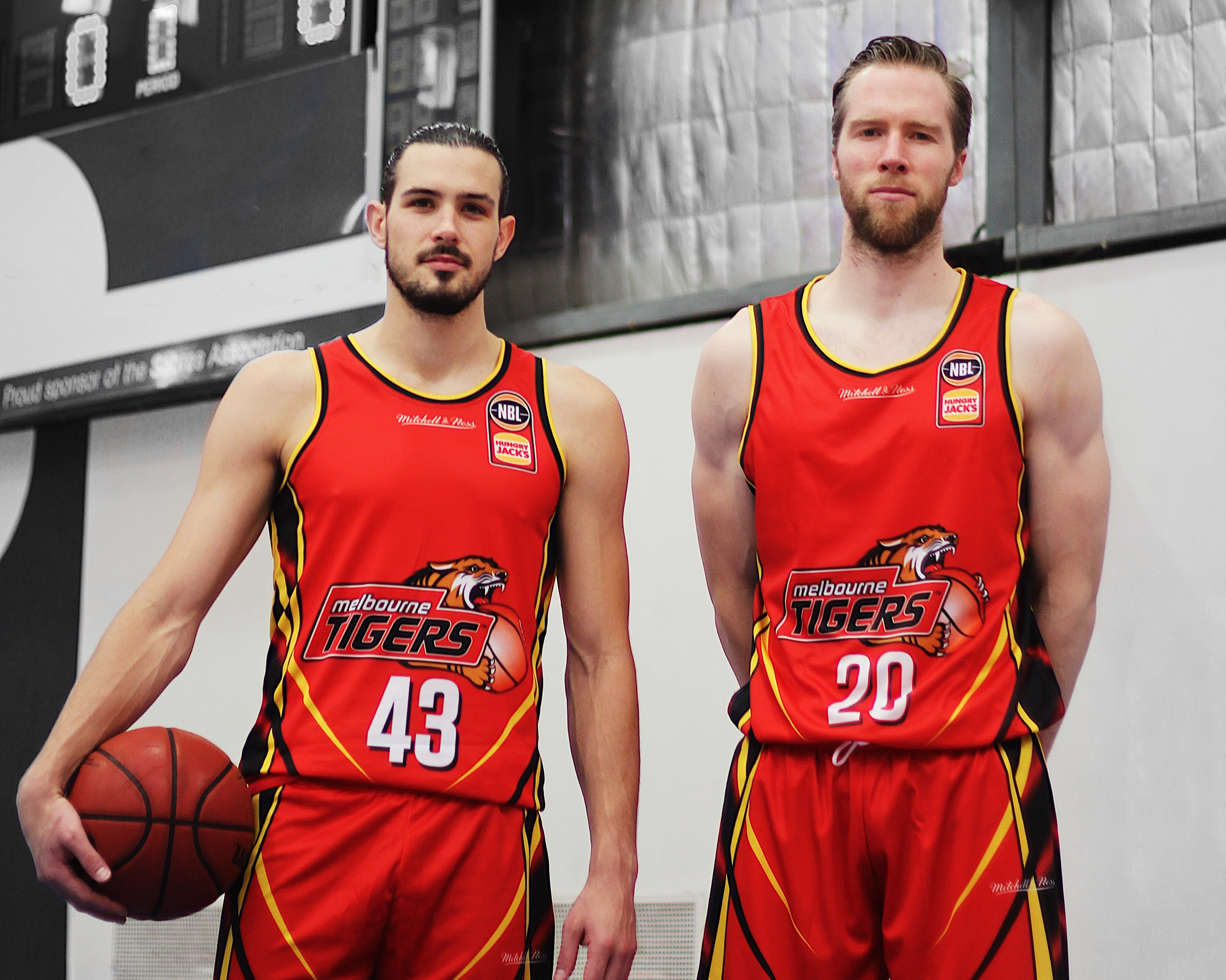 Other Reliable Mitch Mccarron 2018-19 Melbourne United Official First Ever Nbl Jersey